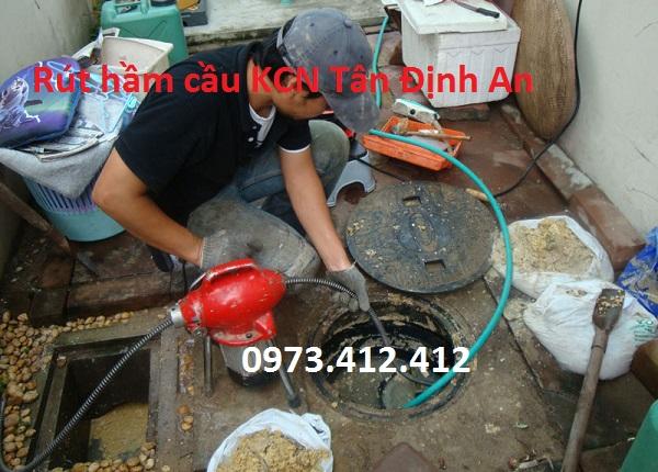 rút hầm cầu KCN Tân Định An